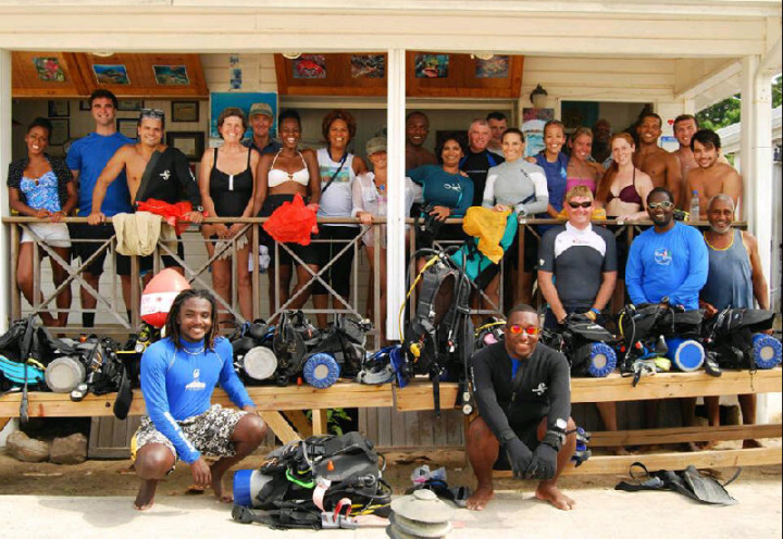 eco dive project aware clean up crew
